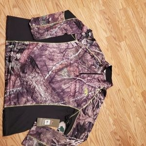 NWT Mossy Oak Long sleeve Performance Tee
